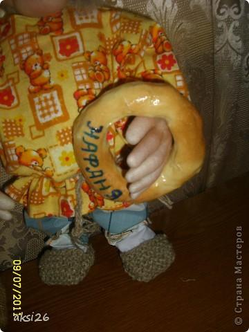 Представляю своего нового домового с именем Нафаня. Очень люблю шить именно домовых, а этот еще и шился в подарок прекрасному человеку.  фото 3