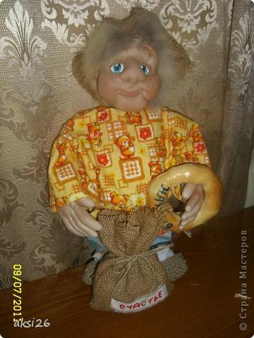 Представляю своего нового домового с именем Нафаня. Очень люблю шить именно домовых, а этот еще и шился в подарок прекрасному человеку.  фото 4