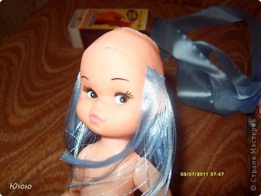 Как из атласных лент сделать волосы кукле из 934