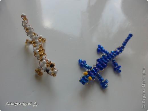 Ящерицы из бисера + схема фото 1