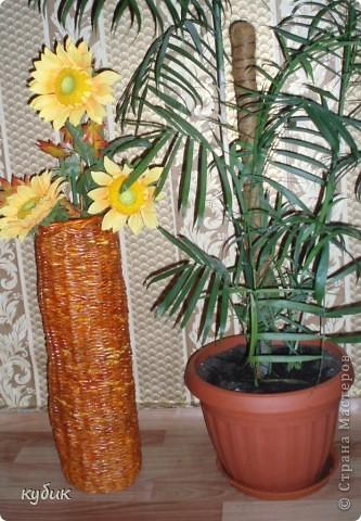 вот такие напольные вазы я сплела в подарок, эту маме фото 2