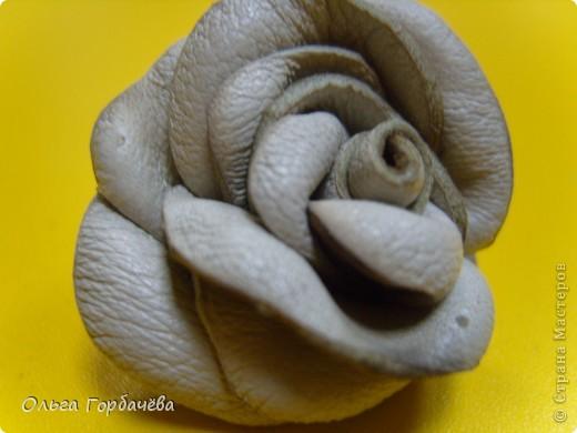 Смотрела М.К.Алонаты.Но я делала по-другому.Это пробные.Эти без лака и золота на розах.Покрашены гуашью.Экономя время домашнее,делала на работе,в отделе. фото 8