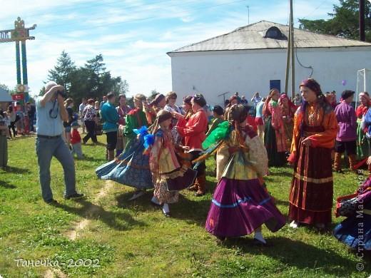 Я Вам дорогие жители Страны Мастеров хочу рассказать о нашем народном празднике Усть-Цилемская Горка.  Он проходит с 7 по 12 июля ежегодно. С Ивана дня, да по Петров день.(это по нашему) фото 15