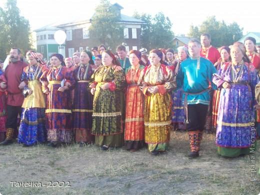 Я Вам дорогие жители Страны Мастеров хочу рассказать о нашем народном празднике Усть-Цилемская Горка.  Он проходит с 7 по 12 июля ежегодно. С Ивана дня, да по Петров день.(это по нашему) фото 11