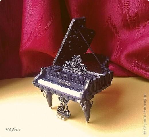 Недолго думая, решила сделать второй рояль, так сказать, по горячим следам. Но дался он мне гораздо труднее, чем первый.  фото 1