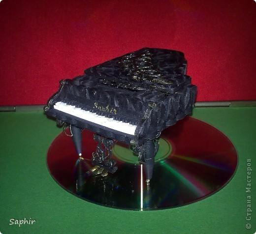 Недолго думая, решила сделать второй рояль, так сказать, по горячим следам. Но дался он мне гораздо труднее, чем первый.  фото 9