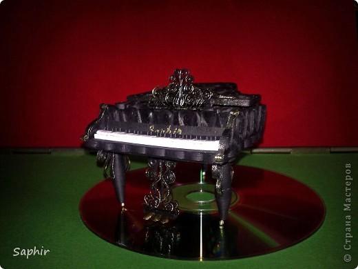 Недолго думая, решила сделать второй рояль, так сказать, по горячим следам. Но дался он мне гораздо труднее, чем первый.  фото 10