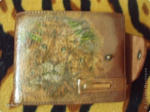 вот такие подарки я сделала для мужа, из подарков , что вы нам прислали,хотелось все в одном стиле:))))))))  блок для записей оформила вот так фото 5