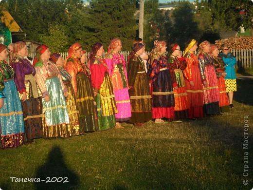 Я Вам дорогие жители Страны Мастеров хочу рассказать о нашем народном празднике Усть-Цилемская Горка.  Он проходит с 7 по 12 июля ежегодно. С Ивана дня, да по Петров день.(это по нашему) фото 14