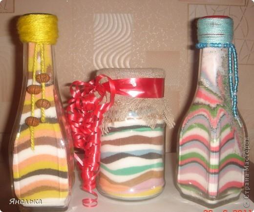 всем здравствуйте! хочу показать мои первые бутылочки с цветной солью, уж очень мне понравилась эта техника. Училась по МК кукушечки https://stranamasterov.ru/node/45983, большое ей спасибо фото 1