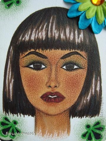 Девочки! СЕРИЯ БУДЕТ ДОПОЛНЕНА в ближайшие дни! Моя сестра-художница решила помочь мне разобраться с долгами. Она рисует в разных стилях и разными материалами, а ещё, любит историю. Эти красавицы нарисованны архитектурными фломастерами и акварельными карандашами.  фото 7