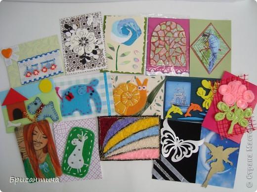 Девочки! СЕРИЯ БУДЕТ ДОПОЛНЕНА в ближайшие дни! Моя сестра-художница решила помочь мне разобраться с долгами. Она рисует в разных стилях и разными материалами, а ещё, любит историю. Эти красавицы нарисованны архитектурными фломастерами и акварельными карандашами.  фото 25