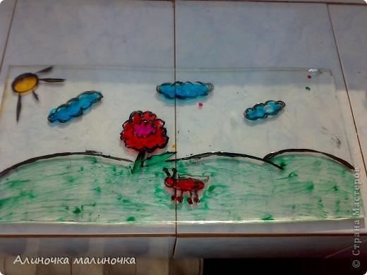 Это превый мой опыт работы с витражными красками.  На старых кусочках стекла, которые папа откапал по моей просьбе=) фото 1