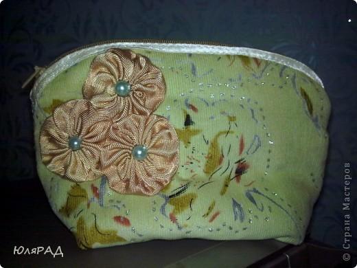 Решила после сумки, косметичку смастерить.........и увлеклась)))) МК здесь http://www.dublirin.com.ua/we_sew_cosmetikbag.html фото 4