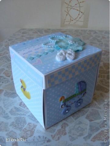 """Эту коробочку я уже показывала (делала ее на мастер-классе), но одна знакомая увидела коробочку и решила подарить своей подруге! Коробочку я немного""""затюнинговала"""" и получилась вот что: фото 1"""