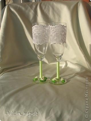 Подготовка к свадьбе продолжается! Это мои свадебные бокалы!  Помимо квиллинга, увлеклась еще пластикой. Спасибо СТРАНЕ МАСТЕРОВ! фото 4