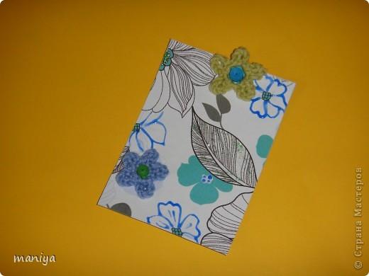 это просто беда какая-то. задумала простую серию - цветочный фон, украшалки и бабочек думала приклею. подобрала бабочек - не идут и все. вроде и цвет и размер - но лишие они тут. потом думала стрекоз квилинговых накрутить - опять не то... и как-то само собой связались крючком цветочки голубенькие - словно мои незабудки любимые.... просто они меня преследуют)))  так что и вышла выстраданная серия - назвала ее НЕ НЕЗАБУДКИ!!!!  кто из должников захочет таких цветов - с удовольствем отдам!!! так что и эта серия для раздачи долгов.  как и в прошлый раз - если нравится, то первыми выбирают - Некрасова Юлия, AnnaDemakova, Хамцова Полина, собачка ваши письма с атс уже получила :)  но так же числюсь в должниках у Бригантинки, Дарёнки, Юлии Кобяшовой, Сургутяночка-2, Диано44ки, Гимназистко, Настёныша, Хосефина  девочки кому еще должна - отзовитесь - я на работе записывала кому должна - а сейчас в отпуске... фото 8