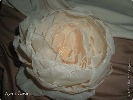 Цветы для украшения волос фото 1