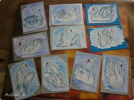 Во всем мире лебеди признаны самыми красивыми птицами. Каждый взмах крыльев, любое движение наполнены грацией и изяществом. Этим прекрасным созданиям посвящена моя новая серия АТС-акварелек) За мной долг для bibka. фото 1