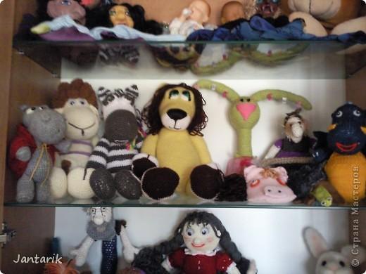 Сегодня прибыл многострадальный шкаф-дом,где и поселились все мои пока созданные куклы. фото 4