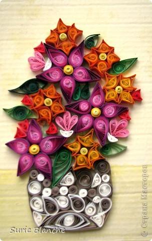 Цветы в стиле квиллинг