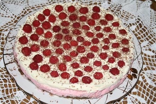Летний торт с малиной. фото 1