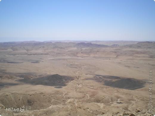 Думала я думала и решила, что хочу всех познакомить с таким замечательным курортным городом как Эйлат (Крайняя южная точка Израиля).. Это место очень особенное.. И ощущения просто незабываемые.. Итак начнем путешествие.. фото 6