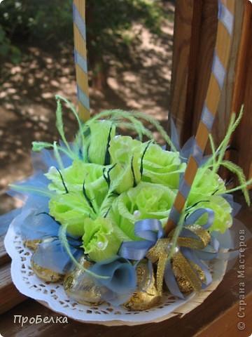 Новые подарочные корзиночки с цветами и конфетами. фото 3