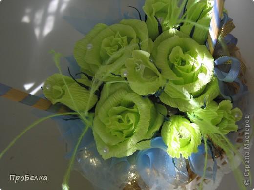 Новые подарочные корзиночки с цветами и конфетами. фото 4