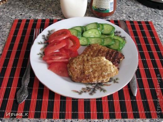 Для приготовления понадобится:  Мясо для фарша 0,5 кг (свинина+ говядина) Лук репчатый 2 шт. средние Яйцо 6 шт. Соль Перец молотый Коржи вафельные (лучше приямоугольные) Масло раст.   фото 10