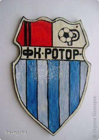 Эмблема клуба фото 1