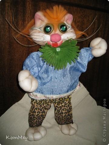 Привет всем жителям Страны Мастеров! Меня зовут Кот Леопольд. Сначала из меня хотели сделать Кота в Сапогах, но я решил, что это не моя сущность, поэтому уговорил сделать меня Леопольдом. Ну, как - похож? фото 1