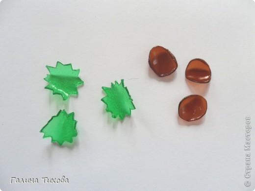 Эти маки сделаны из обычных пластиковых бутылок.  Мастер-класс: http://masterica.maxiwebsite.ru/archives/6084#more-6084 фото 23