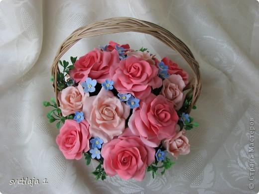.«Незабудка в букете роз» - Удивительно пышная фраза. Существуют цветы поврозь, Вместе их не видала ни разу.   фото 1