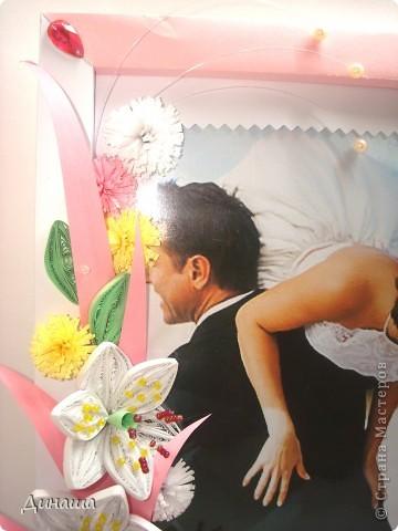 На этот раз прямоугольная рамочка с лилиями для свадебного фото. фото 2