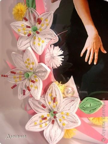 На этот раз прямоугольная рамочка с лилиями для свадебного фото. фото 3