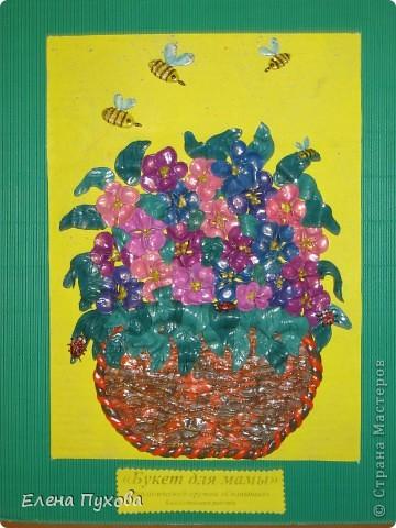 """Наш подарок мамам на 8 марта. Коллективная работа детей 5-6 лет экологического кружка """"Солнышко"""" (старшая группа детского сада """"Заинька"""") фото 1"""