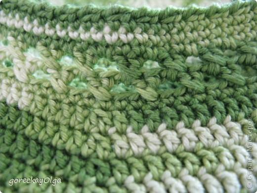 Беретик для племянницы под жёлтый плащ и зелёные ботики.  фото 5