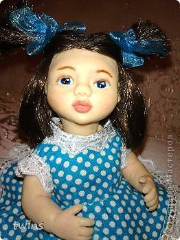 вот наконец-то закончила создание девочки, имя само как-то пришло - Алиса.  фото 1