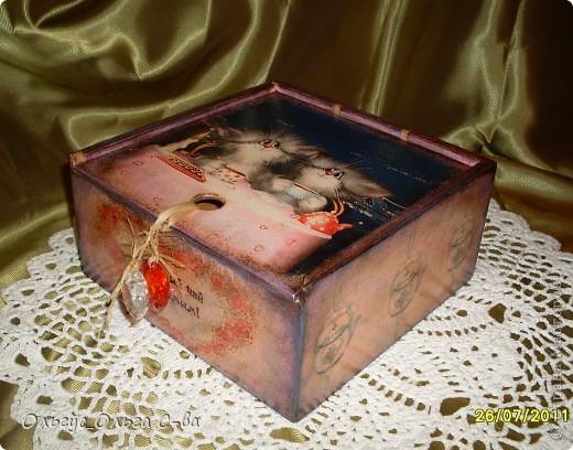 Увидела рисунок художника Xenopus с милым чаепитием котиков и родилась идея сделать с ними чайную коробку. фото 4