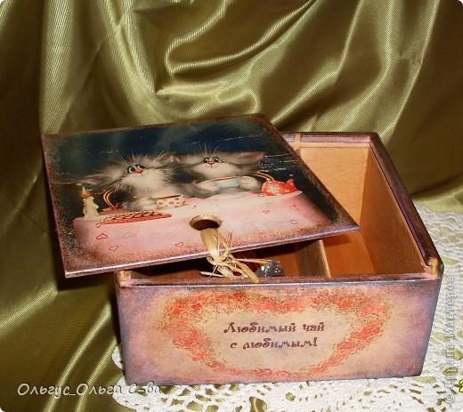Увидела рисунок художника Xenopus с милым чаепитием котиков и родилась идея сделать с ними чайную коробку. фото 7