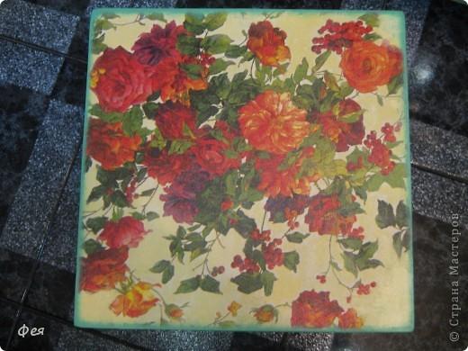 Это - обложка для электронной книги и кошелёк , делала для сестры, салфеточки из которых делать выбирала она сама  , а за салфеточки большое спасибо Ирине  http://stranamasterov.ru/user/48665 фото 13
