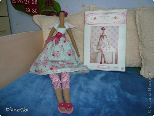 Вот Тильдочка Цветочный Ангел. Заказывали набор из Германии.Вот сайт этого интернет-магазина http://www.sew-shop.com В набор там входит все для пошива это тильды.На сайте есть много всего ВСЕМ СОВЕТУЮ!!!! фото 2