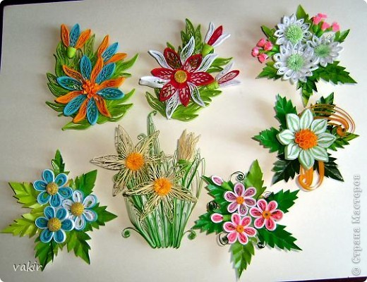Лето, цветы, отпуск - и вот результат - очередная серия магнитиков. Расходятся так быстро, что порой не успеваю сфотографировать, ведь всяк входящий в дом, обязательно желает получить такую вещицу на память.  фото 1