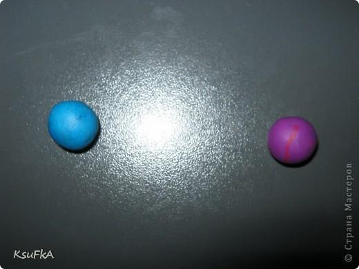 Сначала катаем 2 шарика или более. Любого цвета и размера. фото 1