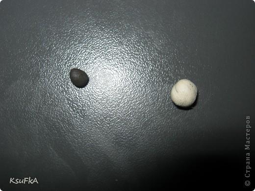 Сначала катаем 2 шарика или более. Любого цвета и размера. фото 6