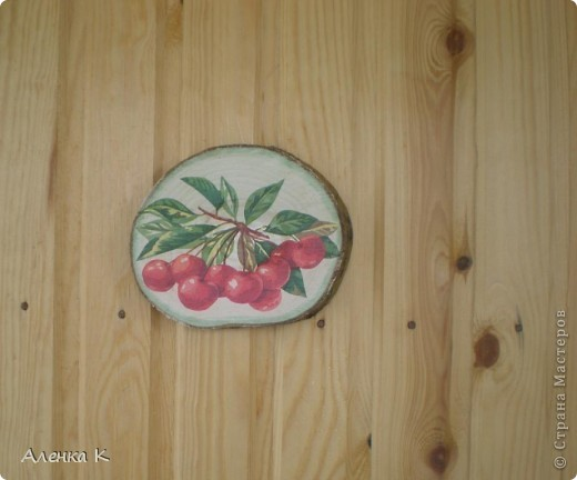 Стена в летней комнате мне показалась пустоватой, решила украсить такими панно. фото 2