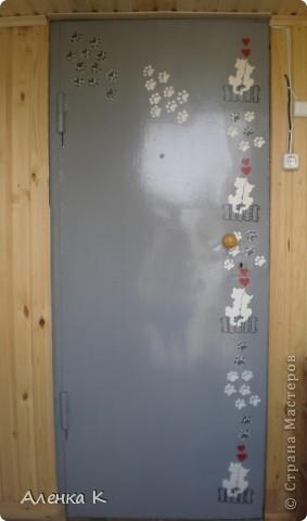 """Уж очень я люблю свою дачку - баньку! Все не могу остановиться - украшаю и украшаю... Это железная дверь """"Котики"""". фото 1"""