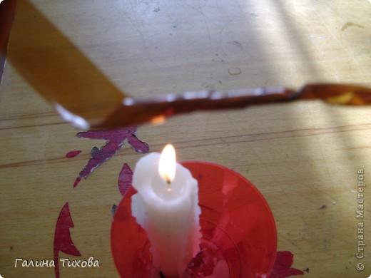 Вазу я сделала из одноразовых фужеров, декорировала эластичным носком и макаронами; ветки изготовила из пластиковых бутылок. Мастер-класс: http://masterica.maxiwebsite.ru/archives/6193#more-6193 фото 27