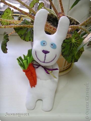 Тимошка с морковкой! фото 1